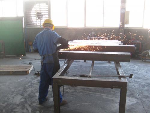 कारखाना दृश्य 3